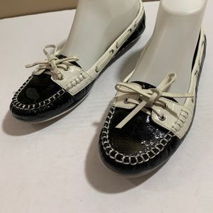 Coach Percy Sz 8.5 Navy & White Leather Boat Shoes